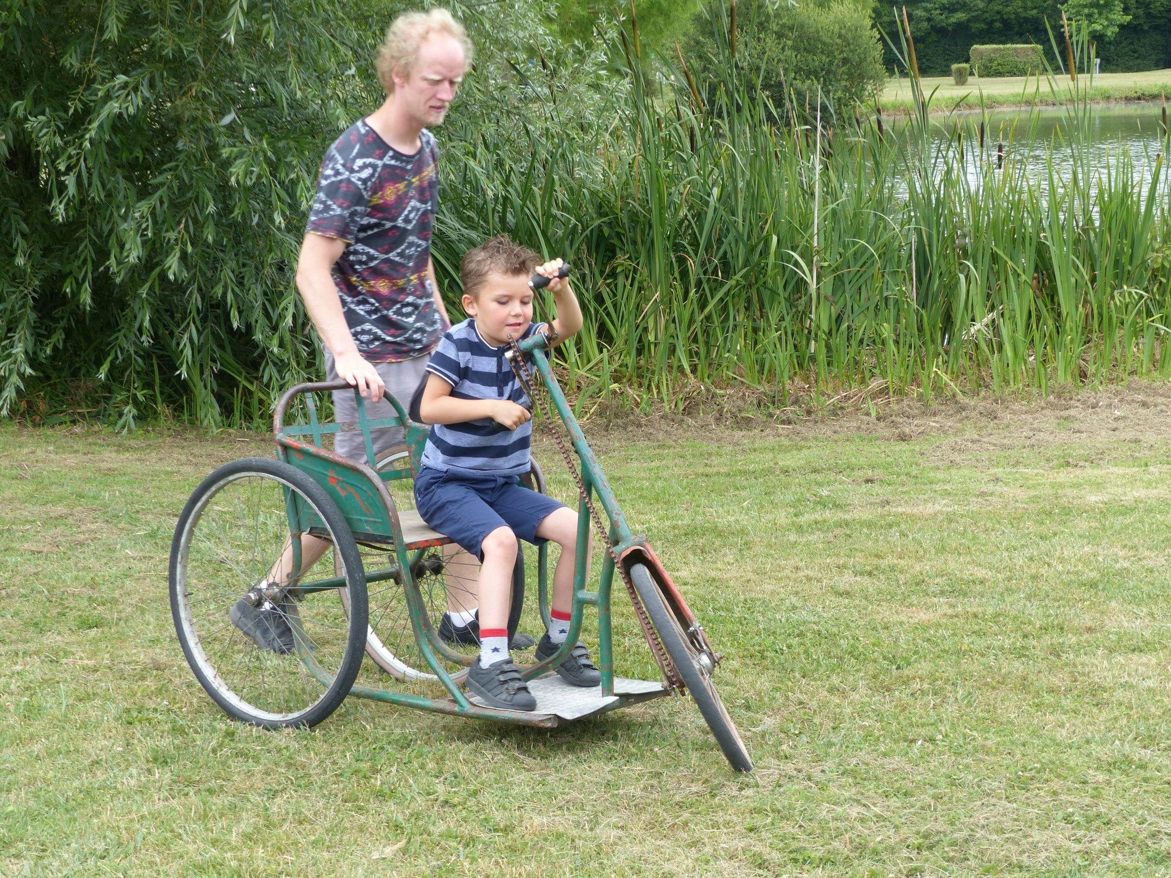 Vélo pour handicapé
